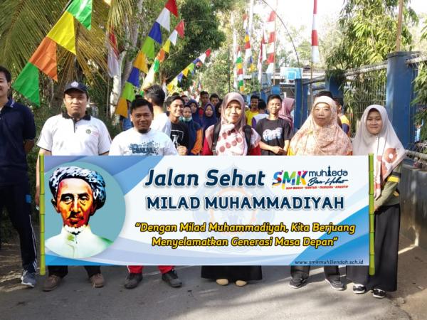 Jalan sehat Milad Muhammadiyah