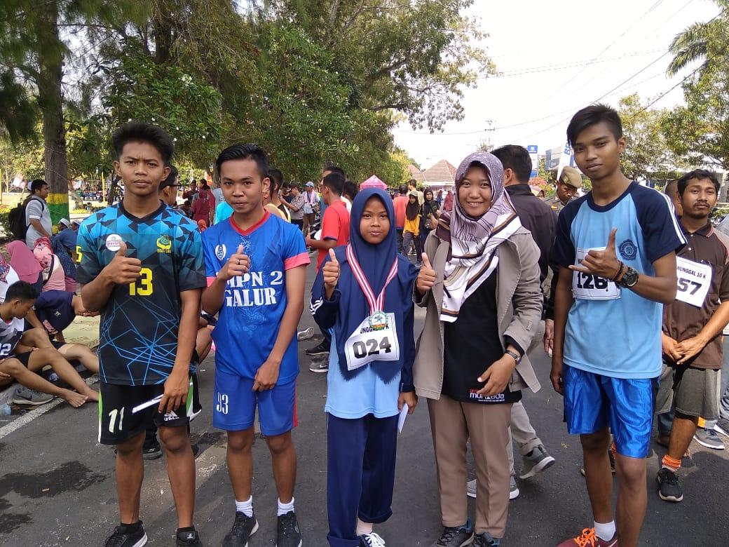 Juara lomba lari 10 km